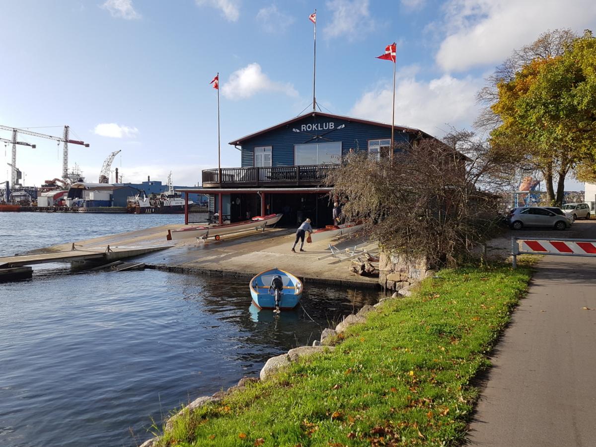 Flagene er sat og 7 både er på vandet - Den sidste tur i sæsonen
